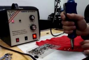 Ultrasonic-hotfix-welding-on-knitwear